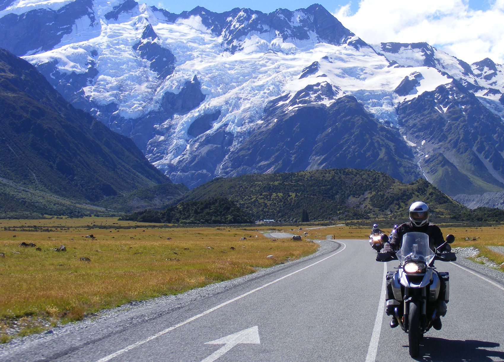 New Zealand Travel Guide for Motorcyclists | South Island